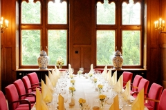 Gartensaal ovale Tafel