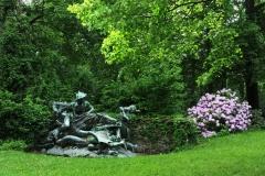 Park Skulptur Stürmische Wogen